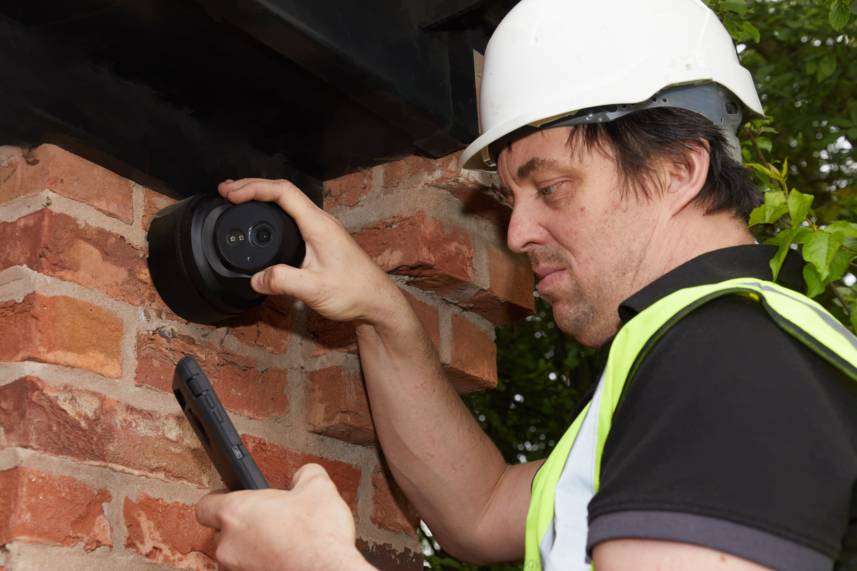 Wired security system health checks on installation