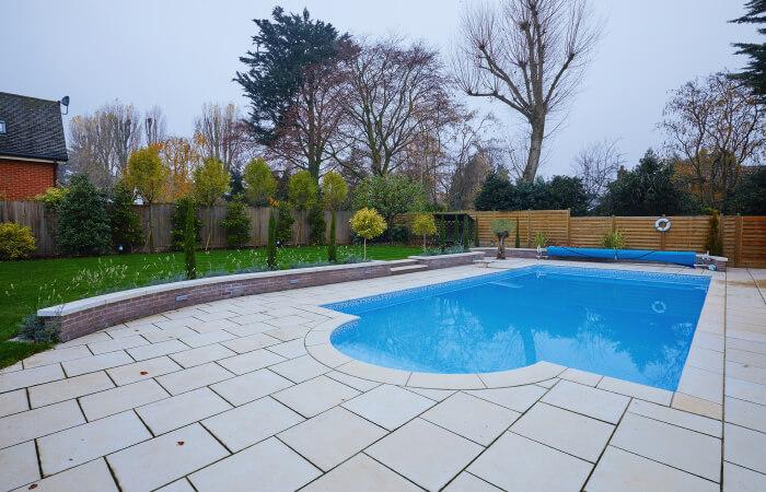 outdoor entertainment - pool lighting